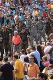 从36个不同国家的战士在四天远足参与 免版税库存照片