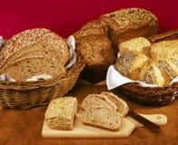 整个五谷面包 库存图片