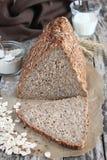 整个五谷面包 免版税图库摄影