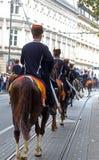 70个参加者游行,二十匹马和游行乐队的四十名成员宣布了下300 Alka 免版税图库摄影