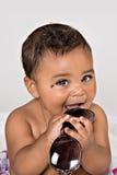 7个微笑与太阳镜的月大婴孩 库存图片