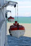 2个救生船 免版税库存照片
