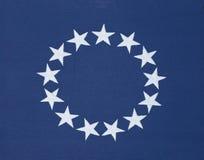 13个星圈子在原始的美国国旗的 免版税库存图片