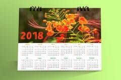 12个月桌面日历设计2018年 免版税库存照片
