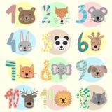 12个月的传染媒介图象一个婴孩的有动物的 儿童的贴纸的一汇集与数字和熊,狐狸,老鼠,兔子的, 向量例证