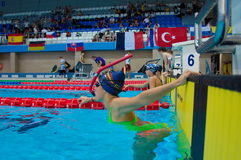 31 07 2017年- 07 08 2017个第15个Finswimming世界小辈冠军|托木斯克 免版税库存照片