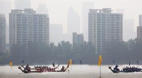 2010个第7条小船冠军瓷俱乐部乘员组龙澳门赛跑赢利地区世界 图库摄影