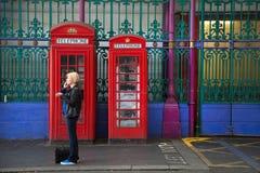 2个红色英国电话亭 免版税图库摄影