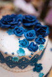 8个饼婚礼 甜蛋糕蓝色和白色 库存照片