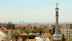整个巴塞罗那西班牙鸟瞰图从公园Guell的 免版税库存图片