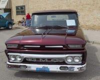 1962个GMC卡车正面图 库存照片