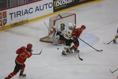 2017个IIHF冰球世界冠军-澳大利亚对比利时 库存图片