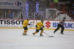 2017个IIHF冰球世界冠军-罗马尼亚对西班牙 免版税图库摄影
