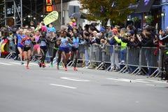 2017个NYC马拉松-精华妇女 图库摄影