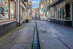 中世纪便宜的街道在Frome 免版税库存照片