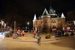 中世纪修造的De Waag在阿姆斯特丹的中心 库存图片