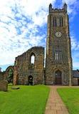 中世纪修道院尖沙咀钟楼, Kilwinning,北艾尔郡苏格兰 免版税图库摄影