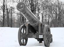 中世纪古铜色的大炮 图库摄影