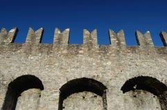 中世纪城垛的城堡 图库摄影
