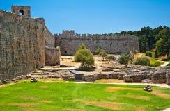中世纪城堡在罗得岛,希腊老镇。 库存照片