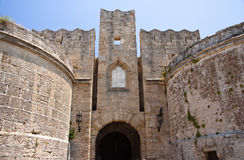 中世纪城堡在罗得岛,希腊老镇。 库存图片