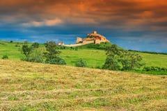 中世纪城堡在鲁佩亚,布拉索夫,特兰西瓦尼亚,罗马尼亚,欧洲 免版税库存照片