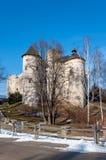 中世纪城堡在Niedzica,波兰,在冬天 库存照片