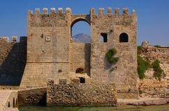 中世纪城堡的入口 库存照片