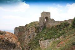 中世纪城堡的入口 免版税库存图片