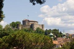 中世纪城堡的小山 库存图片