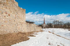 中世纪城堡的废墟在拉克韦雷 库存照片