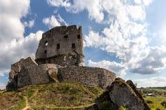 中世纪城堡的废墟 图库摄影