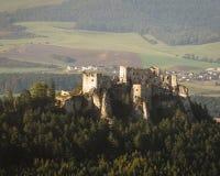 中世纪城堡Lietava废墟在Zilina,斯洛伐克附近的 库存图片