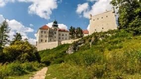 中世纪城堡Pieskowa Skala,波兰 库存照片