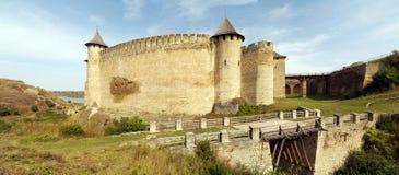 中世纪堡垒全景在霍京 免版税图库摄影