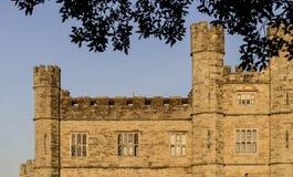 中世纪塔、塔楼和垒 免版税库存图片