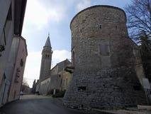 中世纪塔在Zminj, Istria,克罗地亚,欧洲 免版税库存图片