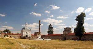 中世纪多米尼加共和国的修道院的庭院 免版税图库摄影