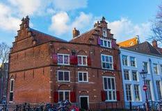 中世纪大厦在阿姆斯特丹荷兰 免版税库存图片