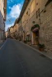 中世纪大厦,阿西西,翁布里亚,意大利 免版税库存照片