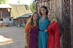 中世纪妇女时尚 图库摄影