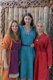 中世纪妇女时尚 免版税库存图片