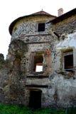 中世纪宫殿的幻想重建在村庄Racos,特兰西瓦尼亚 库存图片