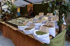 中世纪市场节日在西班牙村庄卡隆赫 免版税库存照片