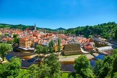 中世纪市捷克克鲁姆洛夫在捷克观察从城堡 免版税库存照片