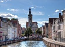 中世纪布鲁日/布鲁基,比利时商业同业公会的邻里  免版税库存照片