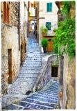 中世纪意大利村庄老街道  图库摄影