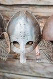 中世纪战士北欧海盗盔甲的复制品 图库摄影