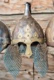 中世纪战士北欧海盗盔甲的复制品 库存照片