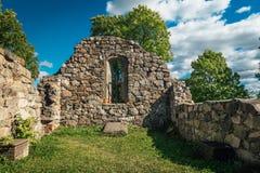中世纪教会废墟 免版税库存照片